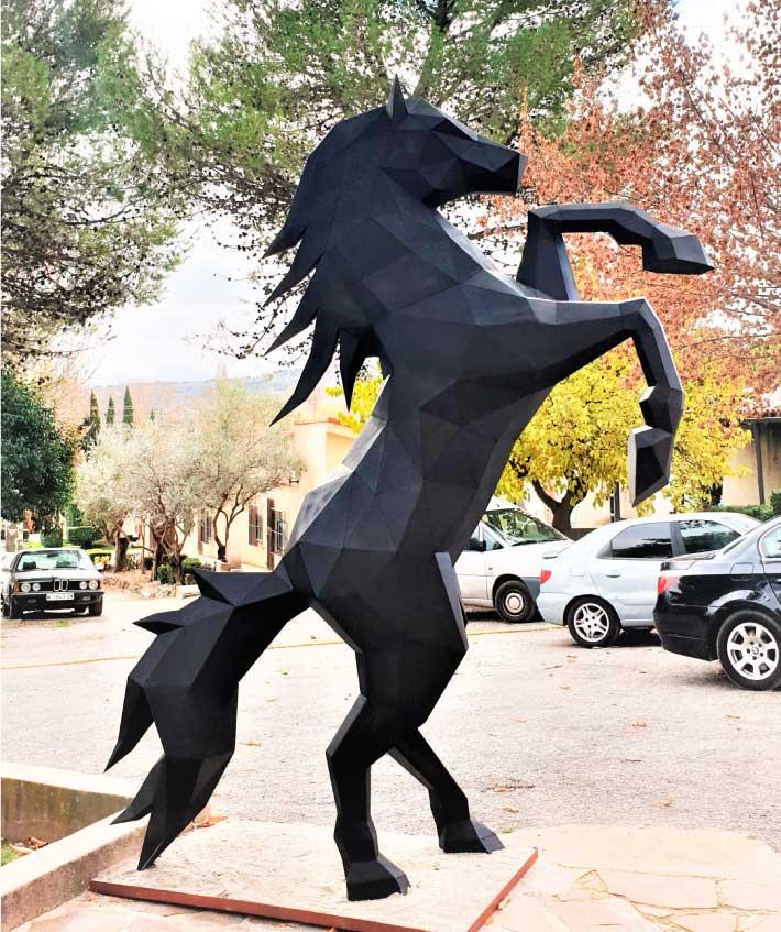 caballo-escultura-acero-sculpturewoyto-corazon-salvaje-4