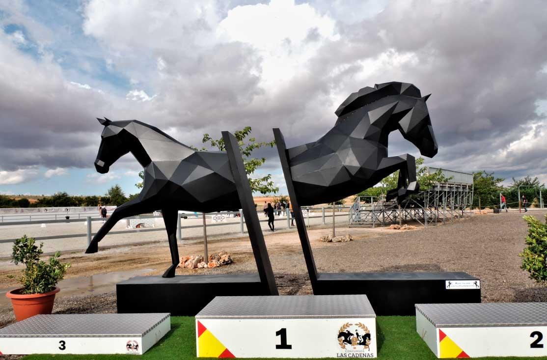 caballos-escultura-acero-sculpturewoyto